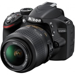 Nikon D3200 BLACK Digital SLR Camera 18-55mm Lens Kit Free 8GB + Bag